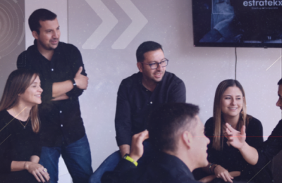 Conéctese, aprenda, acelere e invierta en startups que están transformando su industria